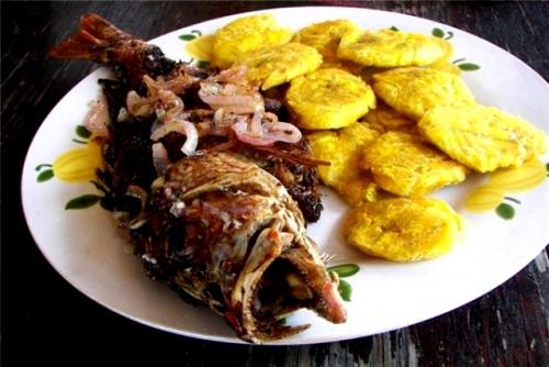 путеводитель по Доминикане еда кухни жареная рыба